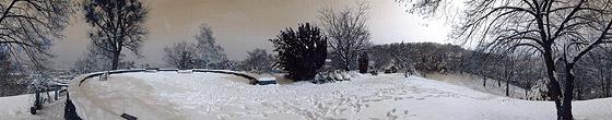 Die Weißenburg ganz in weiß