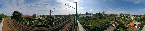 Auf der Gäubahn-Brücke