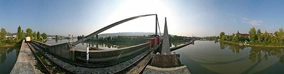 Hafenbahnbrücke Untertürkheim