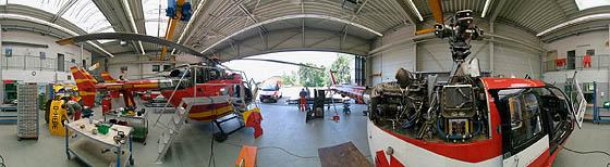 Drei DRF Hubschrauber