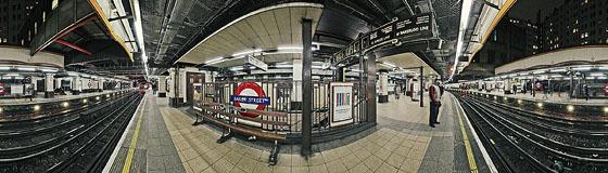 London Tube Baker-Street Platform 3