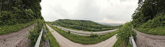 Autobahn A8 am Aichelberg