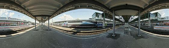 TGV auf Gleis 13