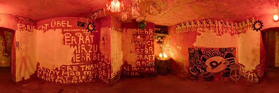 Kunst-Eck-Raum im Gulli Keller