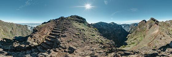 Treppen im Lavastein