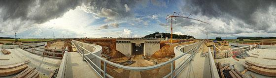 Brückenbauwerk an der A8